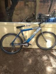 Bike da Caloi quadro de alumínio roda aeria