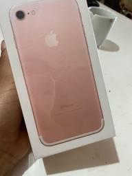 IPhone 7 rose / 32GB