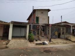 Casa a venda em frente ao Barral y Barral