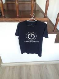 Título do anúncio: Camisa da Blue Steel (tamanho M)