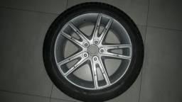 Roda com pneu Hyundai i30 2011