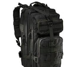 Título do anúncio: Mochila de camuflagem militar reforçada Tatica Camping 30 litros, estilo militar
