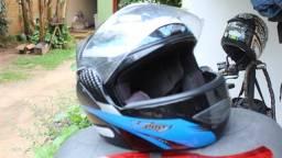 Título do anúncio: Capacete de moto Carbon / V-Pro Jet