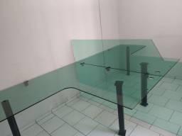 Mesa de escritorio de vidro