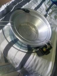 Fritadeira  eletrica  nova nunca foi usanda