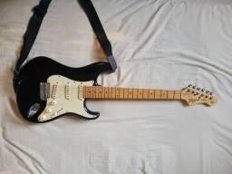 Título do anúncio: Guitarra Tagima Stratocaster t635 + Amplificador Meteoro para Guitarra Nitrous Drive15