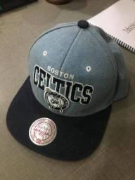 Boné Celtics Mitchell & Ness