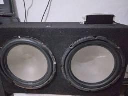 Título do anúncio: Caixa de som com dois falante de 12 da buster