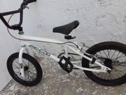 Título do anúncio: Bicicleta freetily aro 16