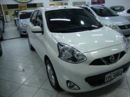 Nissan March sv 1.6 completo - 2015