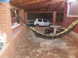 Vendo chalé 04 quartos - Caldas Novas GO Aceito Carro!