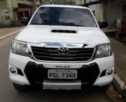 Toyota Hilux 3.0 4x4 2014 diesel automática, estado de zera - 2014