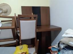 Vendo mesa rústica de 6 e 8 cadeiras