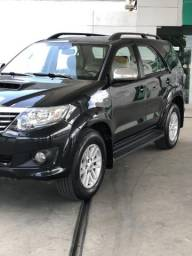 HILUX SW4 (4x4) (7-Lugares) 2014 - 2014
