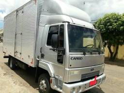 Ford Cargo 712 - 2011