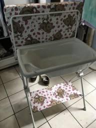 Banheira para bebê com pé e troca fralda nova!