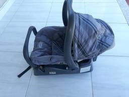 Bebê conforto da Burigotto com base