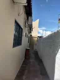Galpão com casa para escritório, Bairro São Francisco , 200,00m²