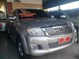 Toyota Hilux SR 2013 - Parcelamos no cheque ou promissória - 2013