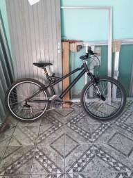Bicicleta caloi montana recém-reformada