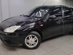 FORD FOCUS HATCH 1.6 8V