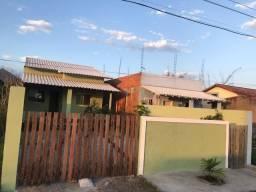 Ótima casa, 3 qtos, recém construída, terreno de 225 m2