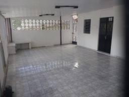 Título do anúncio: Belíssima Casa Espaçosa Com 4 Qtos, Suites Na Ur: 05 Ibura