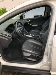Ford Focus Sedan SE 2.0 Aut - Modelo 2015 - 2015