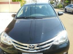 Vendo Etios sedan