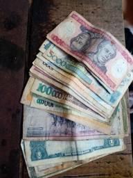Moedas e dinheiro antigos  66  Moedas e 26 . Notas antigas.