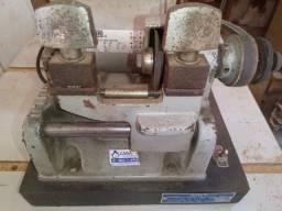 Máquina copiadora de chaves yale