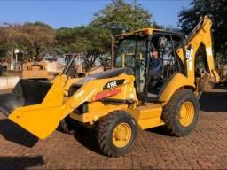 Vende-se RetroEscavadeira Caterpillar 416E 4x4 - Cabine Aberta - Ano: 2014