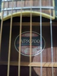 Título do anúncio: Violão Yamaha APX700 troco em Violão de Nylon e Bicicleta.