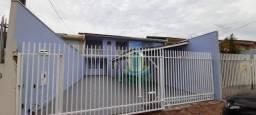 Sobrado com 3 dormitórios para alugar com 150 m² por R$ 2.000,00/mês no Jardim Tarobá em F