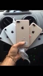iPhone XR  iPhone 8 Plus e X