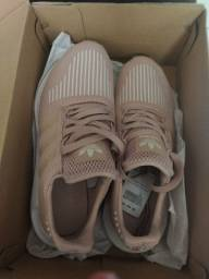Título do anúncio: Tênis adidas, swit run , novo,caixa,número 37