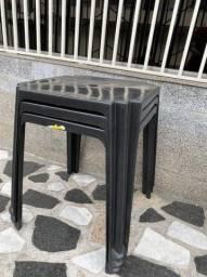 Título do anúncio: Liquidação no atacado de mesa plástica nova cor preta