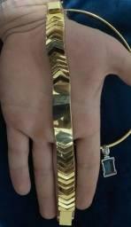 Pulseira de ouro maciça trabalhada