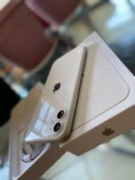 iPhone 11 Branco 1 mês de uso, com Nota e na garantia
