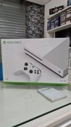 Título do anúncio: Xbox One 1TB, 06 Meses de Garantia, 1 Mês Game Pass ( Loja física )