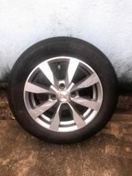 Título do anúncio: Roda aro 14 com pneus