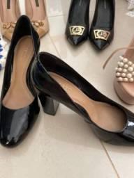 Título do anúncio: Sapatos Couro semi novos