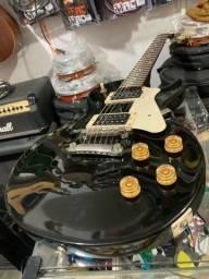 Título do anúncio: Guitarra Cort Les Paul taraxa trava seminova,