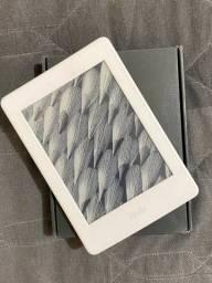 Título do anúncio: Kindle 10a. geração com bateria de longa duração - Cor Branca