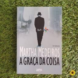 """Livro """"A Graça da Coisa"""" de Martha Medeiros"""