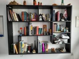 Título do anúncio: Linda estante de livros