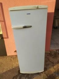 Vendo Geladeira Consul 320 litros gelo seco  6 meses de garantia