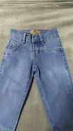 Título do anúncio: Calça jeans infantil - tamanho G