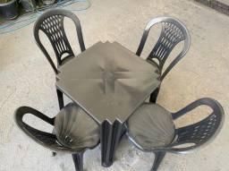 Título do anúncio: Aproveite promoção de jogo completo mesa e cadeira plástica cor preta pra bares no atacado