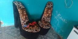 Título do anúncio: Pufe modelo sapato